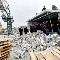Реальний прецедент: у Києві демонтують 800 м2 незаконної 2-поверхової надбудови Будинку профспілок - фоторепортаж
