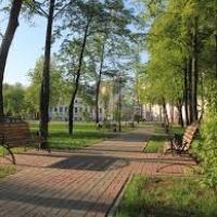 У Франківську на вулиці Вовчинецькій з'явився новий сквер