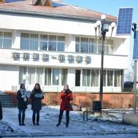 """У Франківську відкрили ще одне """"Сонячне дерево"""" для підзарядки гаджетів"""