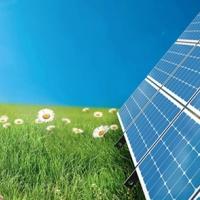 На Прикарпатті чоловік практично відмовився від газу і живе на сонячній енергії. Відео