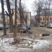 В центрі Франківська автостоянку планують забудувати 9-поверхівкою