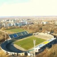 """Частину землі стадіону """"Рух"""" міська влада хоче віддати приватному підприємцю"""