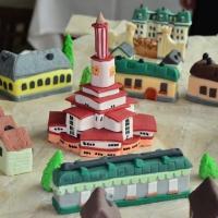 Солодкий Франківськ: кондитери створили торт у вигляді Станіславської фортеці. ФОТО