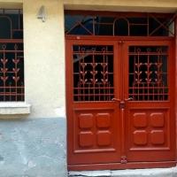 Пам'ятка архітектури у середмісті Франківська отримала відреставровані металеві двері
