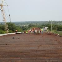 Будівництво моста у Драгомирчанах планують завершити вже у вересні