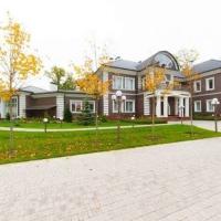Як виглядає найдорожчий в Україні будинок під оренду. Фото