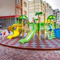 БК «Мельник» встановила новий сучасний і безпечний дитячий майданчик в ЖК по вул.Хоткевича