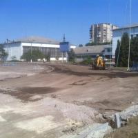 В Івано-Франківську реконструюють стадіон для легкоатлетичних змагань