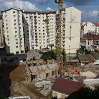 Хід будівництва ЖК по вулиці Незалежності станом на серпень