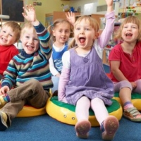 В Україні не встигають будувати дитсадки, школи та лікарні
