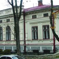 Знайомимось з історичними будівлями Івано-Франківська. Садиба Яхна. ФОТО