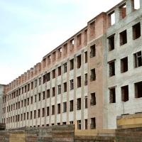 Довгобуд на Софіївці реконструюють під житло з поліклінікою