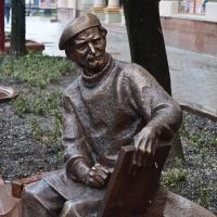 В Івано-Франківську з'явився пам'ятник художнику Опанасу Заливасі. ФОТО