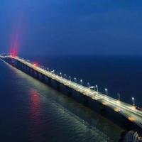 У Китаї побудували найдовший морський міст у світ. Фото