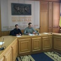 Комісія по забудові міського озера: фінальне засідання нелегітимне, а відповідальність за незаконні будови поклали на міського голову
