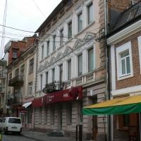 У центрі Івано-Франківська продаються торгові приміщення за 15 млн грн