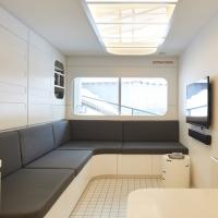 Мінімалістська квартира, натхненна японською капсулою