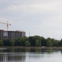 Комісія міськради затвердила висновок щодо забудови території біля міського озера ВАМБУДом