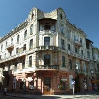В Івано-Франківську перевірятимуть аварійність балконів у пам'ятках архітектури