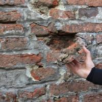 У Франківську посипалась фортечна стіна, відреставрована минулоріч майже за 700 тисяч. ФОТО