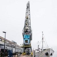 В Амстердамі портовий кран перетворили на елітне житло