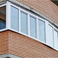 З 1 жовтня дозволять засклення балконів при проектуванні будинків
