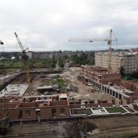 Хід будівництва житлового комплексу поблизу парку ім. Шевченка станом на липень