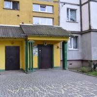 В найбільшій багатоповерхівці Івано-Франківська замінили двері в під'їздах та вікна