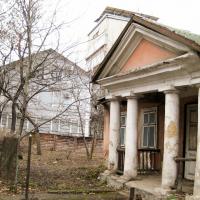 Коли твій сусід - музей: як житлова надбудова садиби Гриневичів з обіцяних 5 виросла на 8 поверхів