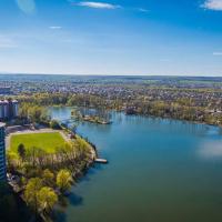 У Франківську шукають інвестора для будівництва тенісних кортів біля міського озера