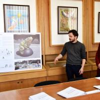Комісія розглянула перші проекти пам'ятника жабі. ФОТО