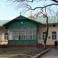 Франківська влада знову хоче відсудити в Московського патріархату приміщення на Чорновола,6