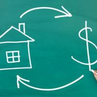 Квартиру забирають за борги: як не втратити нерухомість - поради експерта