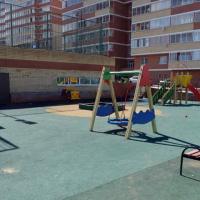В Україні дозволили проектувати дитячі майданчики на дахах невеликих будівель