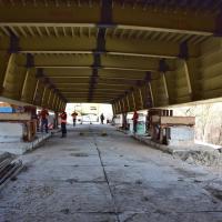 Другий міст на Пасічну: будівельники насувають багатотонні пластини основи. ФОТО