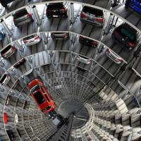 Замість гаражів будуватимуть автоматизовані парковки