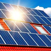 Українцям заборонили встановлювати домашні сонячні електростанції на землі