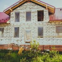 """Спрощена легалізація: як скористатися """"будівельною амністією"""" для будинку або дачі"""