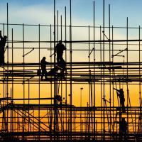 Міста розбудовуються, села занепадають: у галузі будівництва Прикарпаття на п'ятому місці
