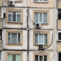 Уряд планує покращити житлові умови 80% громадян