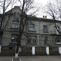 Закинуту лікарню на Тарнавського перетворять на католицький садок