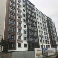 Триває будівництво багатоквартирного будинку на вулиці Береговій