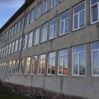 НЕФКО в дії: в одній з міських гімназій замінюють вікна й систему вентиляції