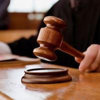 """Суд зобов'язав міськраду повернути """"Гаразду"""" майже два мільйони за ділянку біля озера"""