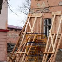 Тривають роботи на гостроаварійній ділянці корпусу «Б» Палацу Потоцьких