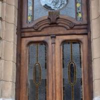 У Франківську ще одні старовинні двері отримали друге життя. ФОТО