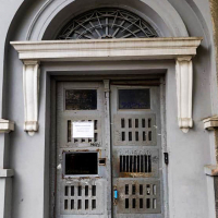 В Івано-Франківську планують відреставрувати ще вісім дверей і два балкони