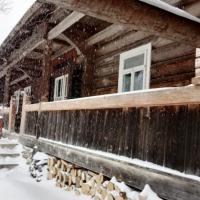 Гуцульська хата-ґражда: Історія родини, яка живе у старовинній будівлі