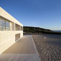 """Продовження океану: в Іспанії побудували """"нескінченний"""" будинок. ФОТО"""
