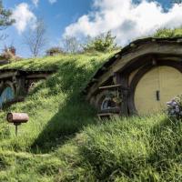 """Гобітхіл: у Карпатах почали будувати фантастичне містечко з фільму """"Володар перснів"""""""